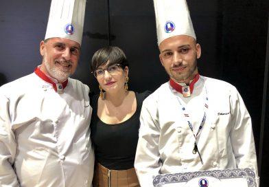 """""""Les Toques Balches d'Honneur """" per due chefs Lucani."""